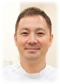 写真:神戸不妊整体院長の飯沼啓介